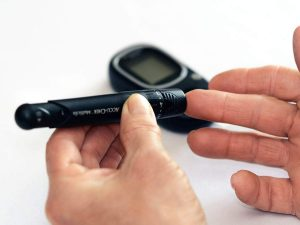 Type 2 diabetes is associated with excess mortality risks, particularly in those diagnosed at younger ages, according to a Circulation study.